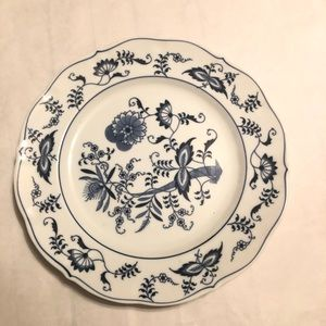 Blue Danube Onion Dinner Japan Plate